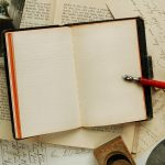 notebook_emptiness_old_table_pen_writing_80056_800x600