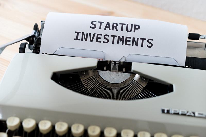 Tech Startup pre-IPO