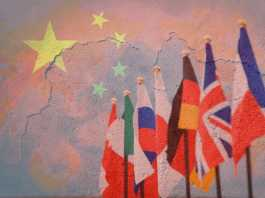 G7 and China flag