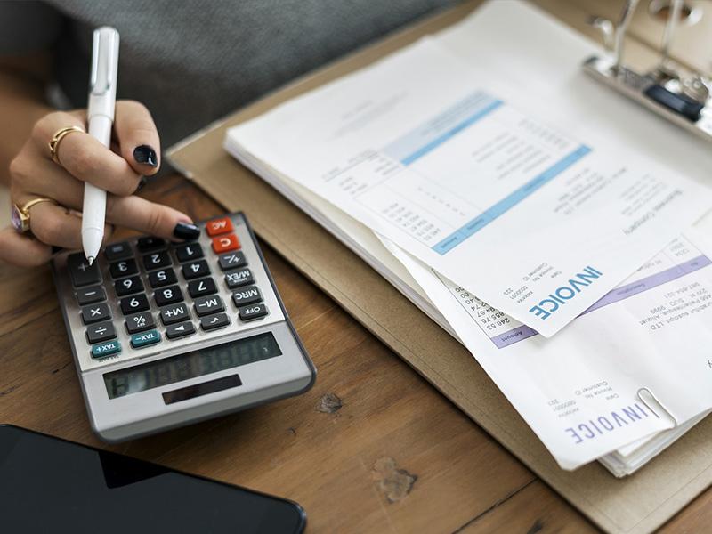 Invoice Factoring VS Invoice Financing