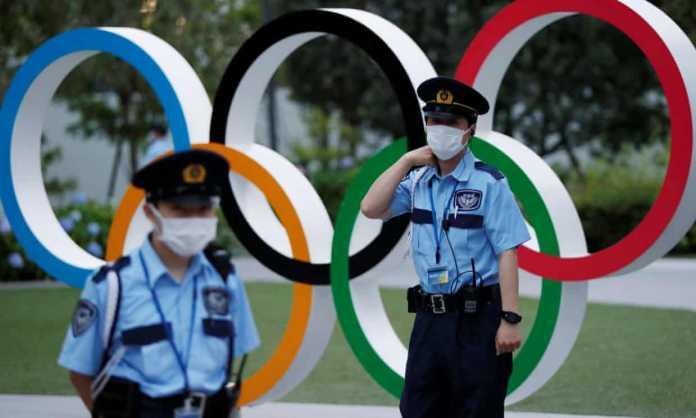 Tout comme la course mondiale pour mettre fin à COVID19, les jeux ont commencé pour les Jeux olympiques de Tokyo 2020 tant attendus – socialement distanciés, bien sûr.